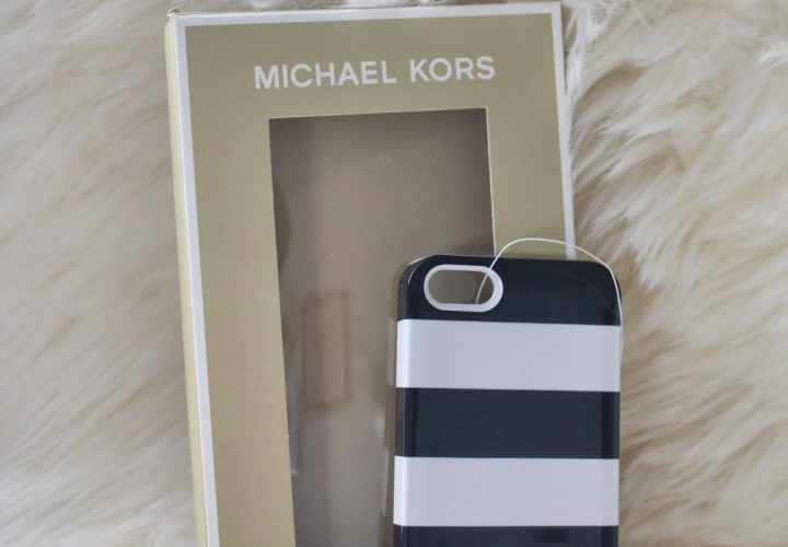 Giveaway for my Readers :: Michael Kors iPhone Case