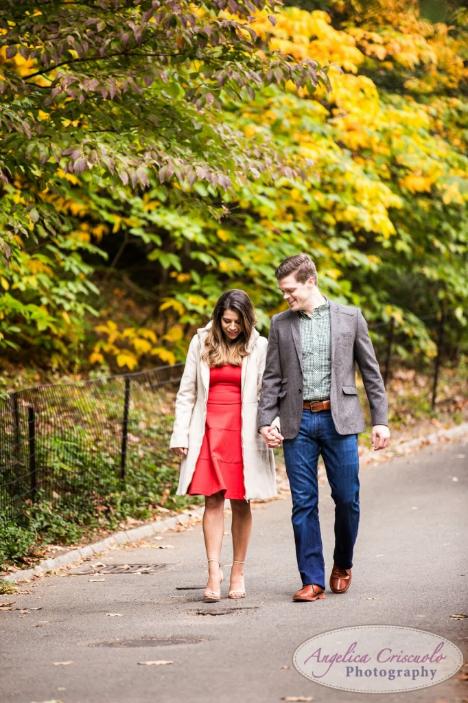 What to wear to engagement photos; NYC Engagement Photos