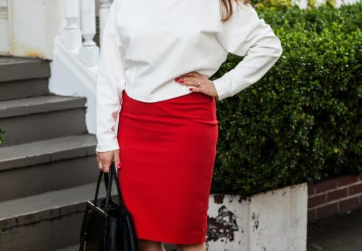 How to Wear a Crop Top & High Waisted Skirt to Work