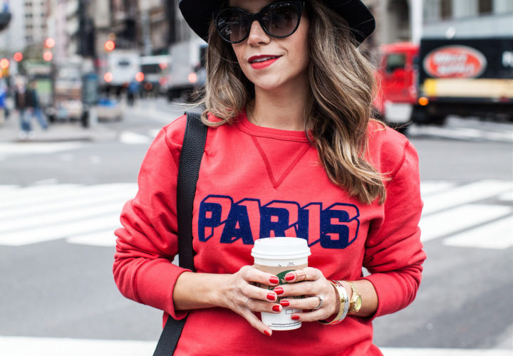 Casual Weekend | Paris Sweatshirt + Black Accessories