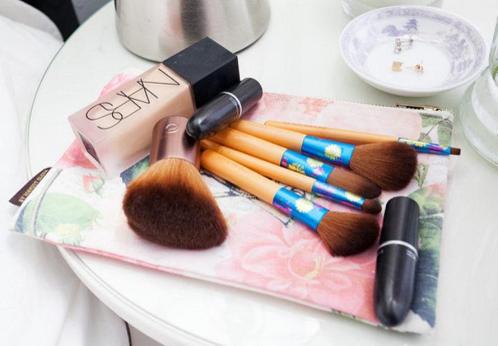 Makeup Travel Checklist for Business Trip