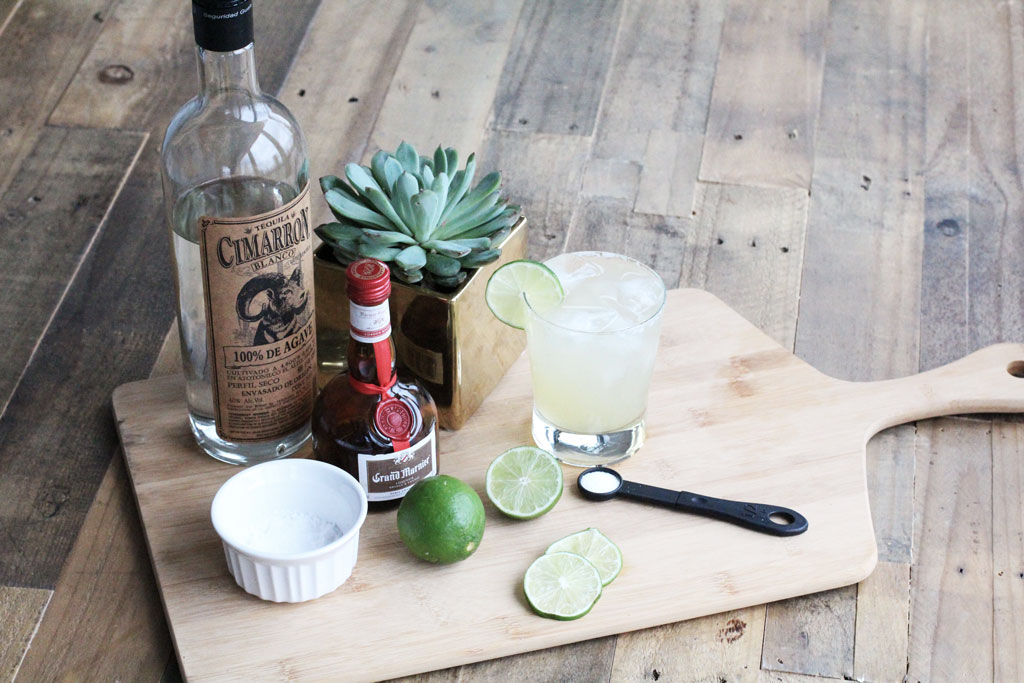 cinco de mayo recipe for classic lime margarita and guacamole
