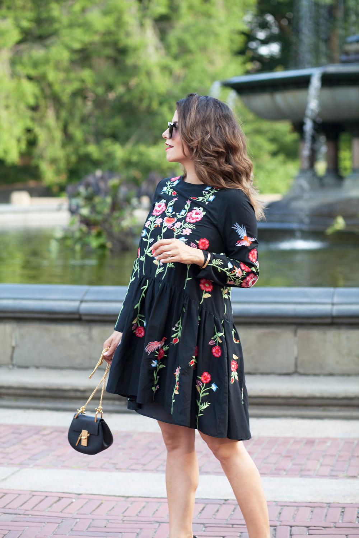 black-embroidered-zara-dress-black-manolo-blahnik-pumps-summer-look-date-night-style-chloe-drew-bag-black-cateye-sunglasses-casual-look-fashion-blogger-new-york-nyc-corporate-catwalk18