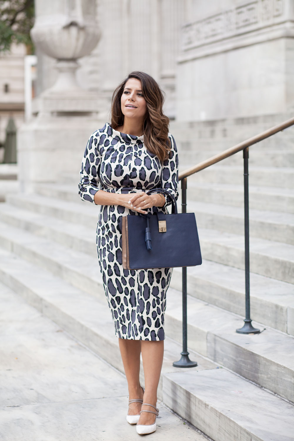 boden-leopard-dress-bodycon-dress-handbag-colorblock-calf-hair-heels-corporate-catwalk-nyfw-what-to-wear-to-work-fashion-blogger-nyc-new-york-city-blogger-6