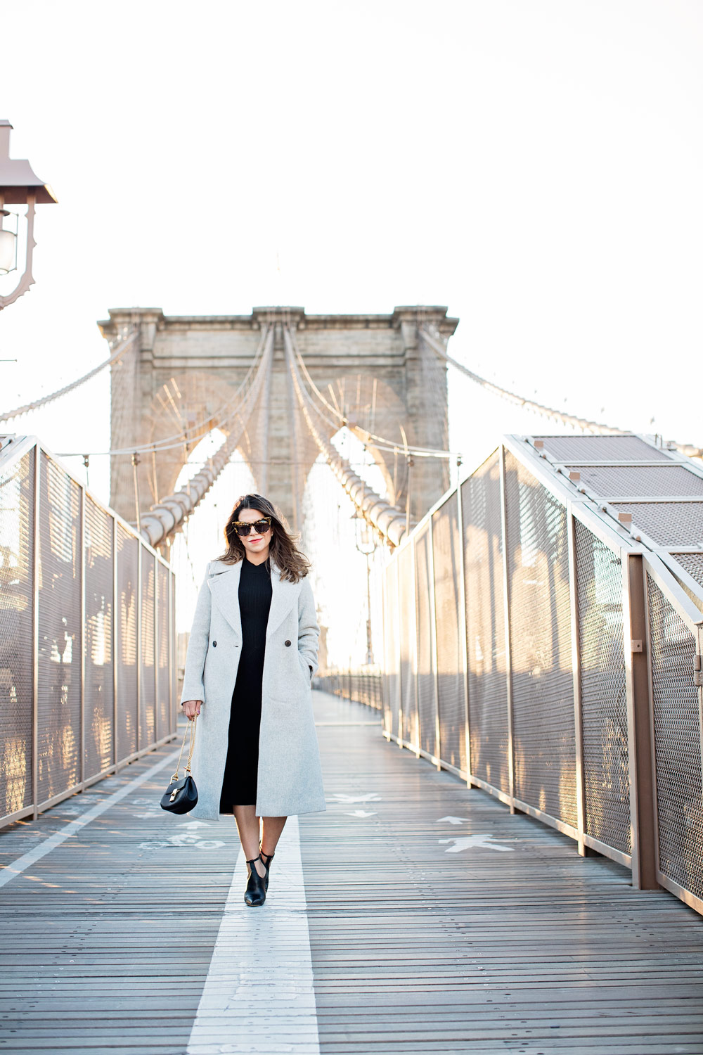brooklyn-bridge-club-monaco-grey-wool-coat-black-dress-chloe-drew-bag-schutz-shoes-booties-new-york-city-corporate-catwalk-nyc-fashion-blogger-3