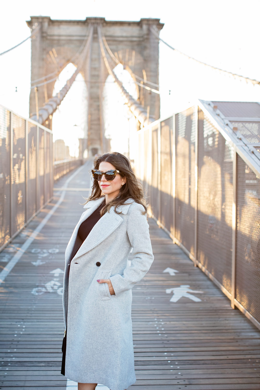 brooklyn-bridge-club-monaco-grey-wool-coat-black-dress-chloe-drew-bag-schutz-shoes-booties-new-york-city-corporate-catwalk-nyc-fashion-blogger-7