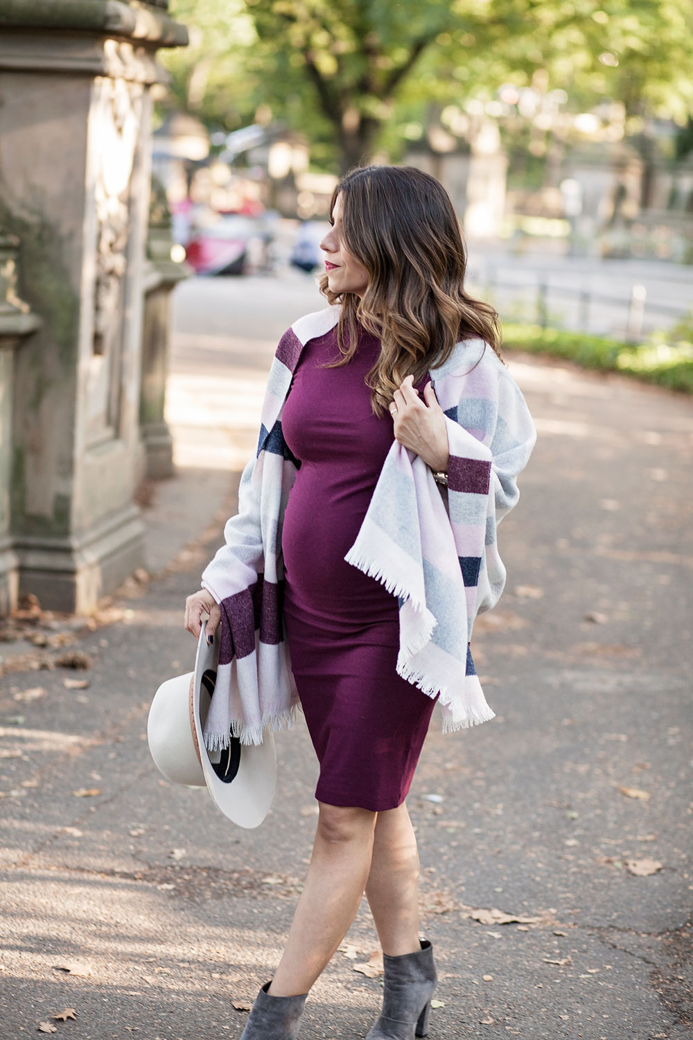 fall-style-talbots-blanket-sweater-central-park-maternity-style-what-to-wear-in-the-fall-corporate-catwalk3