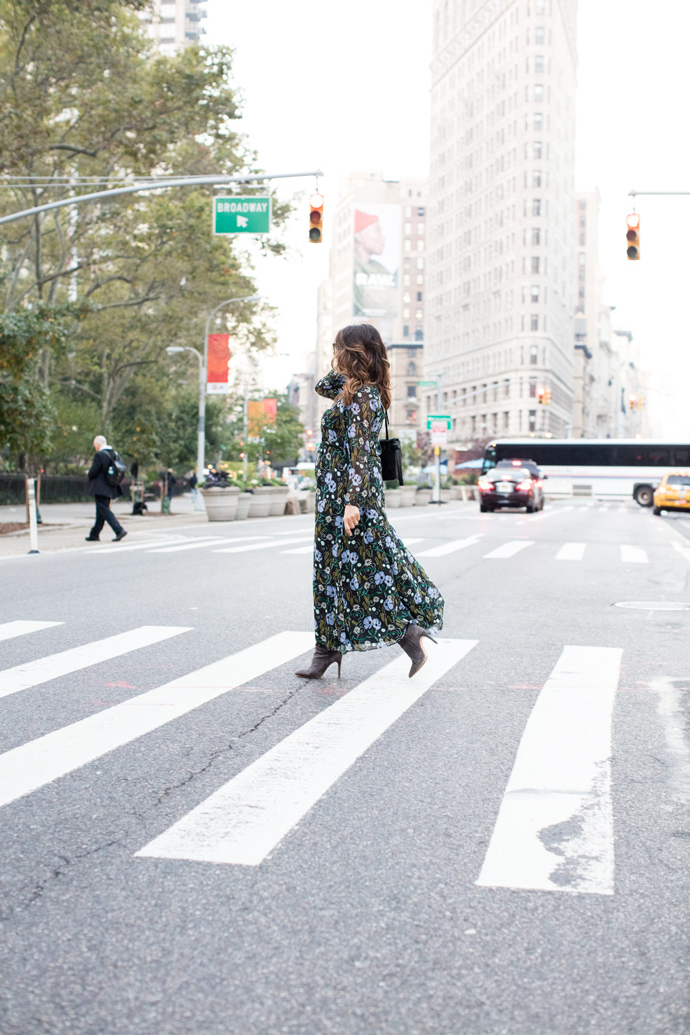 floral-dress-banana-republic-worth-new-york-fall-style-corporate-catwalk-joie-suede-boots-new-york-city-fashion-blogger-3