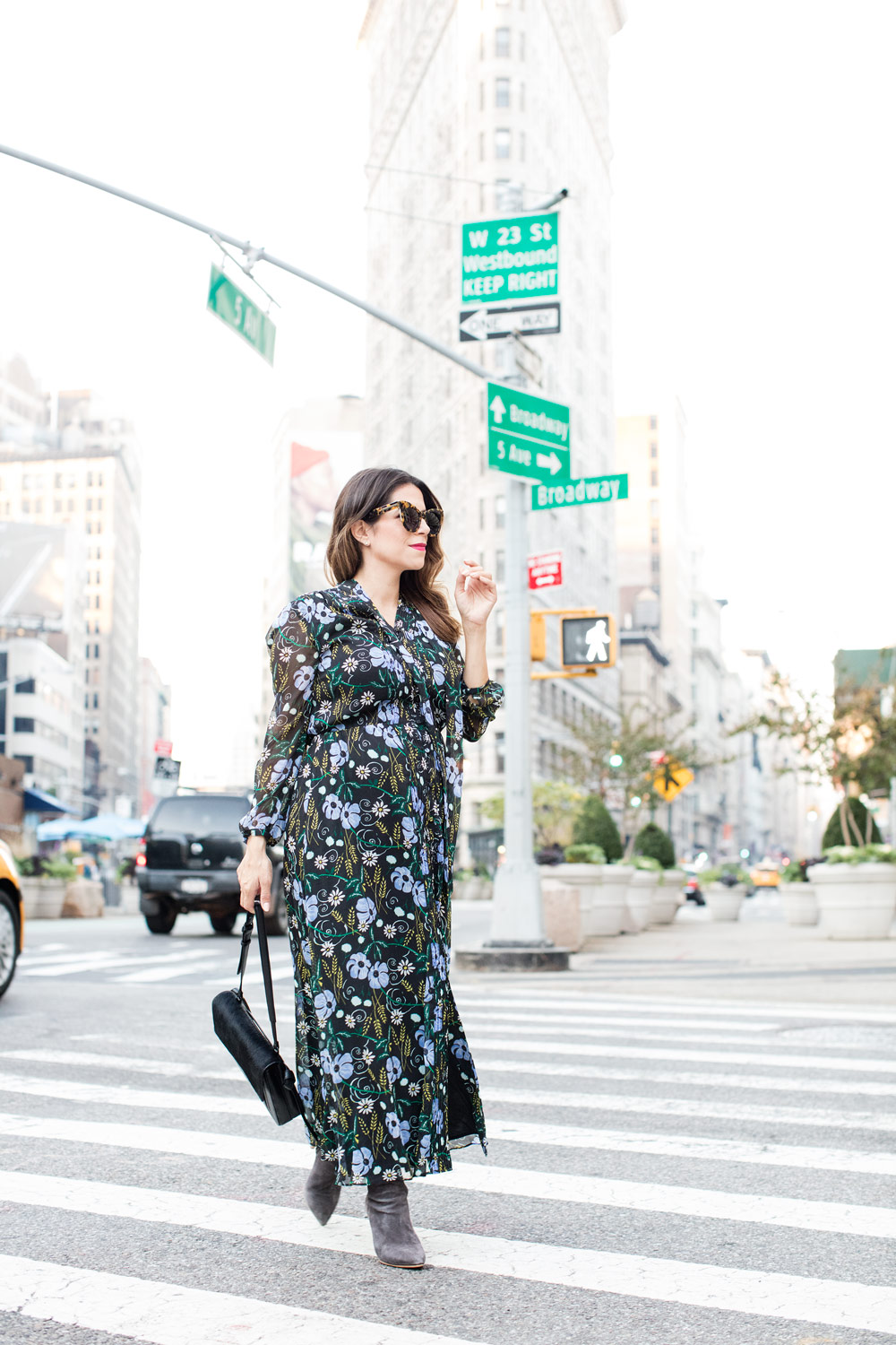 floral-dress-banana-republic-worth-new-york-fall-style-corporate-catwalk-joie-suede-boots-new-york-city-fashion-blogger-5