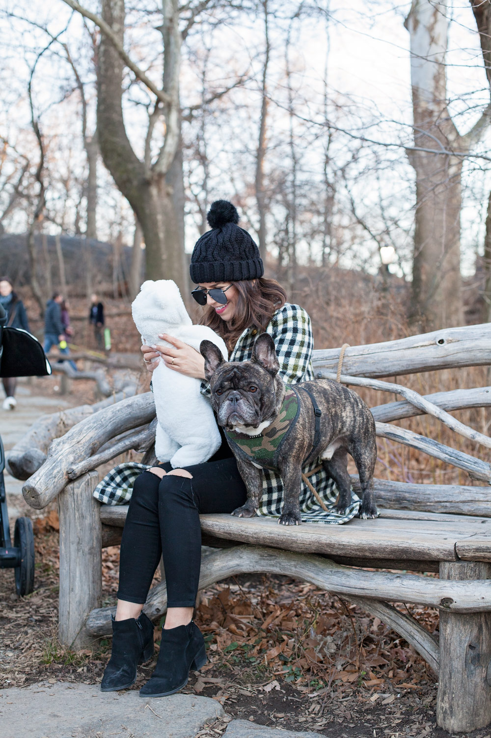 New York Central Park Outfit Ideas Plaid Coat Family Photos Corporate Catwalk