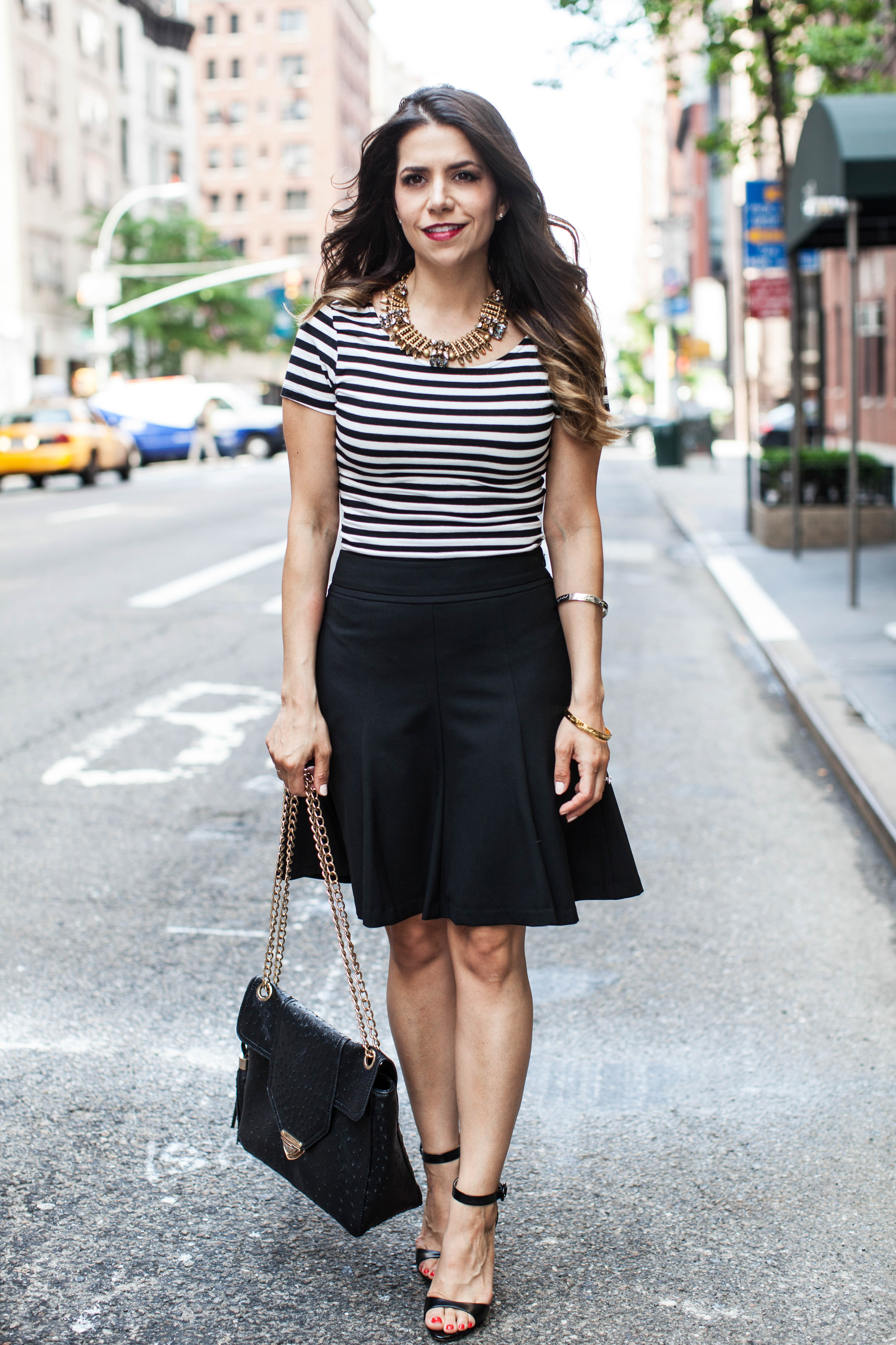 weekend wear striped crop top black a line skirt