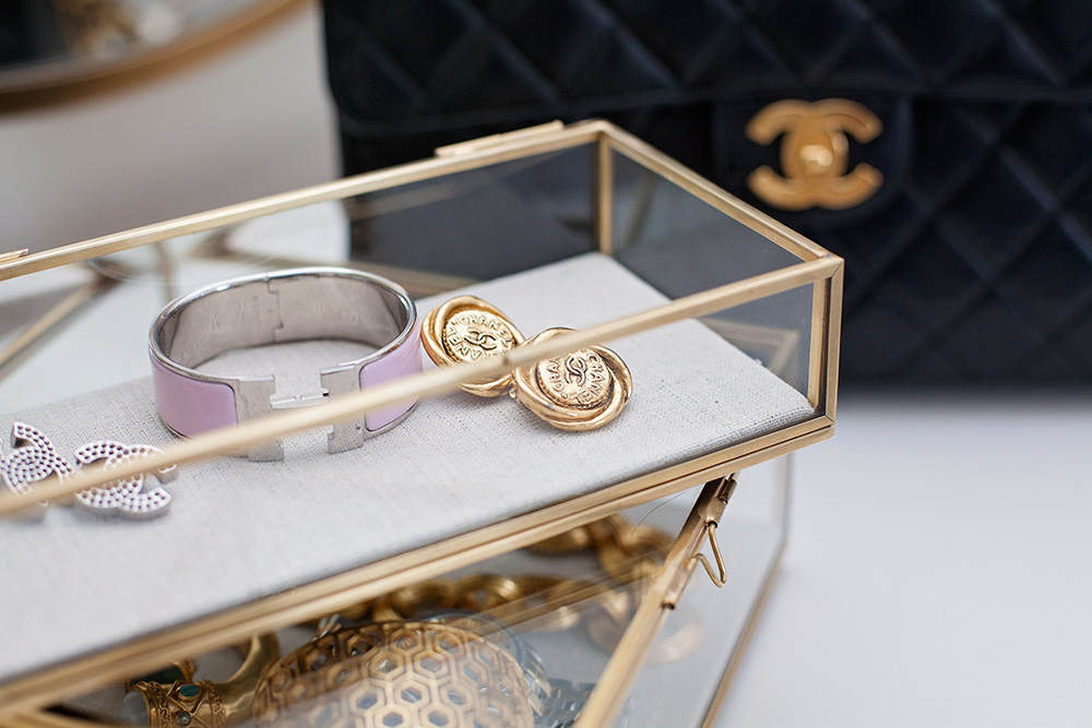 Switch designer jewerly chancel vintage earrings hermes logo bracelet how to rent designer jewelry